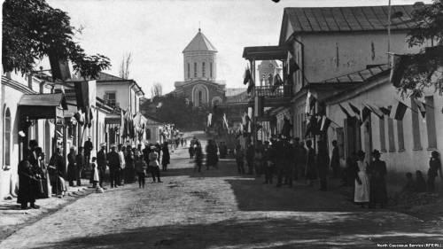 Хаджи-Мурад Доного - о том, как революция постучалась в Дагестан