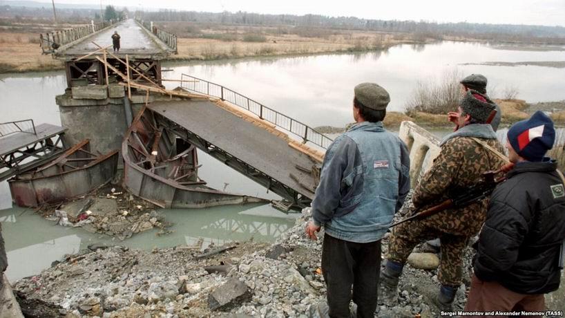 Грузию предлагают взять в НАТО без Абхазии и Южной Осетии